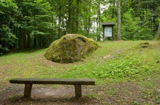 Pavariai Stone