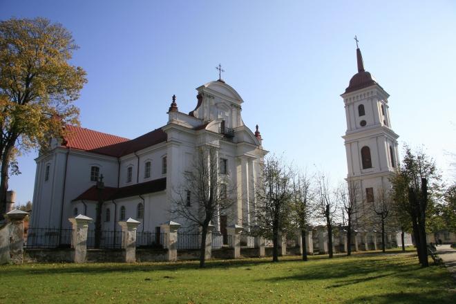 Troškūnų Švč. Trejybės bažnyčia ir bernardinų vienuolynas